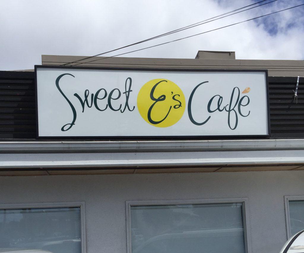 ハワイにあるSweet E's Cafeの外観